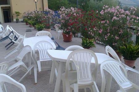 Torni per necessità - Lizzano In Belvedere - Bed & Breakfast