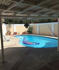 Beautiful Pvt pool - House