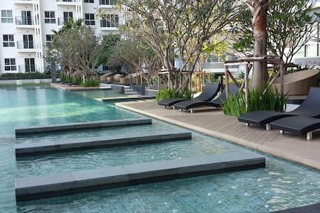 P25 Brand new apartment near The Mall Bangkhae - Lägenhet