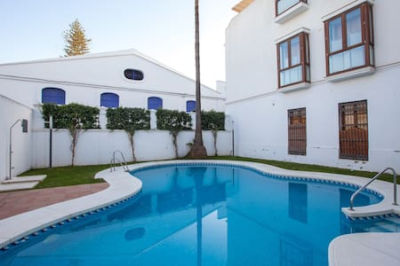 Atico en pleno centro con piscina , - Apartament