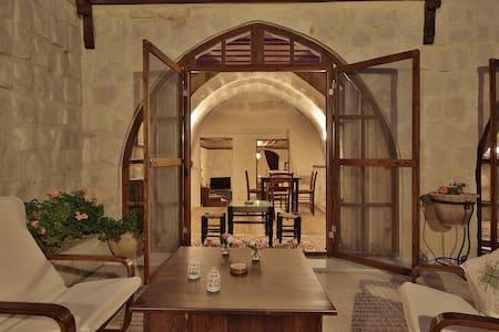 A cave house with happy memories - Cappadocia - Huoneisto