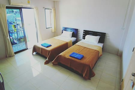 Cheap Rooms with free WiFi - Apartmen