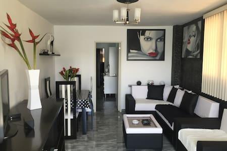 PentHouse, 1 habitación, Vedado Hab - Apartment