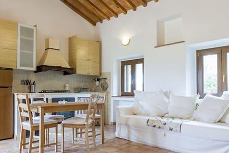 casa mammoletta - Portoferraio - House