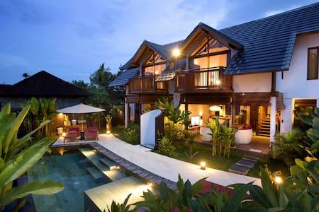 Villa Nora, new 90 m² pool villa, Wifi, AC & HW - Ubud