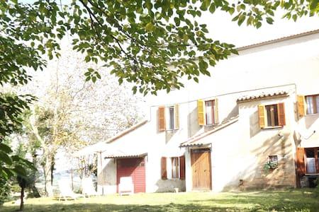 casaletto in collina marchigiana - Haus