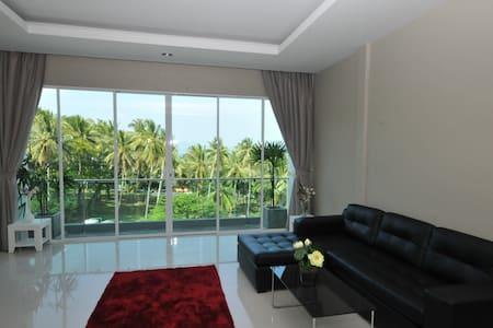 Penthouse Suite in Surin Beach, Phuket - Apartment