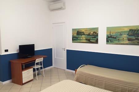 Santa Tecla mare acireale - Appartement