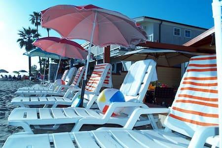 35173 Beach Road- Duplex on the sand-Sleeps 10 - Dana Point - House