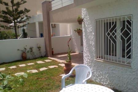Rez de Jardin S+1 Kelibia Vacances - Kelibia - Villa
