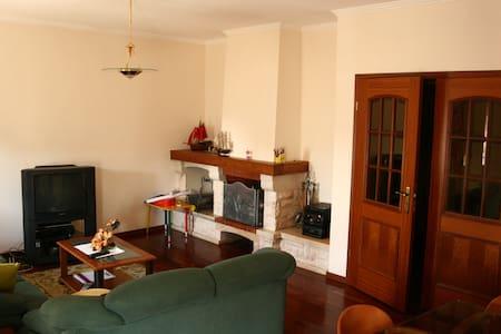 Apartamento localizado entre Porto e Aveiro - Apartemen