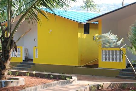 Arambol Art Cottage 2 - Arambol - Bungalow