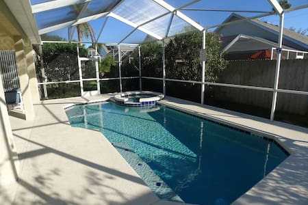 4Bd, 3Ba, Pool, 15 min to Disney - Maison