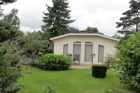 Luxe chalet op landgoed Kerkendel - Huis