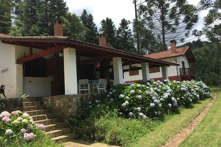 Fazenda Floresta Negra Guest House - Monte Verde - Cabin
