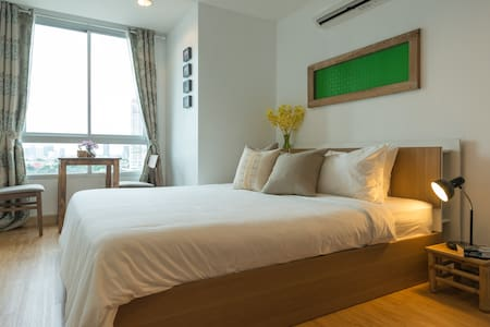 River View 42 sq.m,BTS,Pool,WIFI,A/C - Bangkok - Wohnung