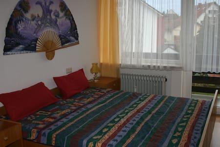 Zimmer im Herzen von Bad Wörishofen - Bad Wörishofen - Pis