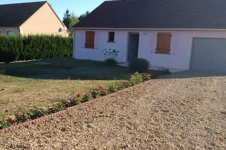 Maison récente située sur la route des vins - Ev