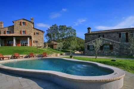 Villa Maccaroni - Villa