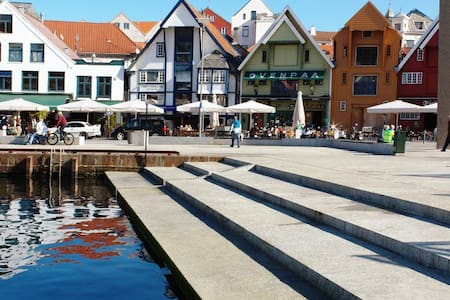 Perfect location in the heart of Stavanger - Lägenhet