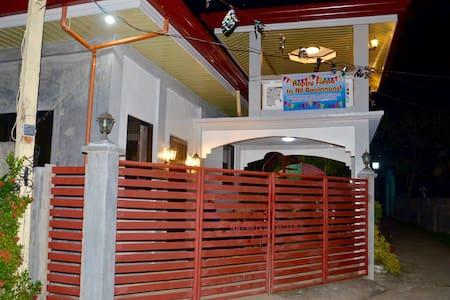 Semi-furnished room in Culaba Biliran Philippines - Casa