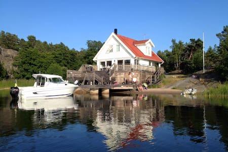 Seaside Villa - House