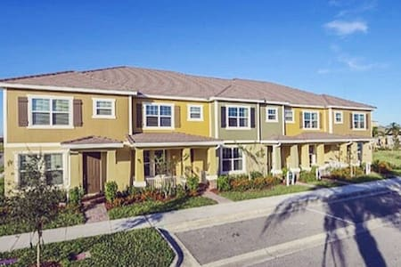 ✨The Townhome by WALT DISNEY WORLD✨ - 連棟住宅
