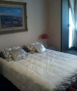 Figueres-Dali Double room, bathroom - Figueres - Bed & Breakfast