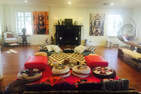 Beautiful soulful meditation yoga temple retreat - Croton-on-Hudson - Talo