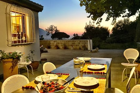 Monticelli Mansion -Sea-view Suite & Vineyard - House