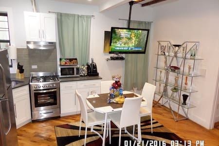 2BD Modern Luxury  Apt. 15M to NYC - Brooklyn - Apartment