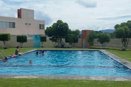 Hermosa casita en condominio ♡ - Xochitepec
