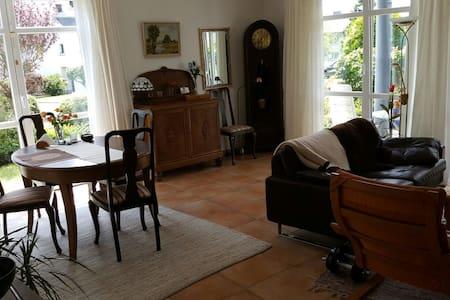 Zimmer in gemütlicher Wohnung - Boppard