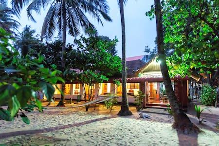 Sea hut Homestay with aircon - Rumah