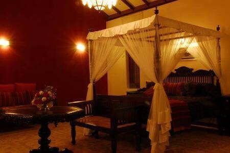 Marrakech Villa- Master Suite - Haus