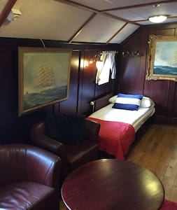 Charming room on the hotel boat Barken Viking 3 - Boot