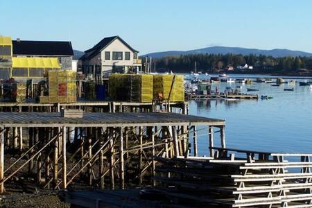 Bar Harbor Oceanfront Retreat, Acadia ,dog, firepl - bernard - Ev