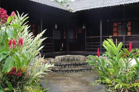 Casa Hacienda a 20 min del Tena-Ecuador - Ø