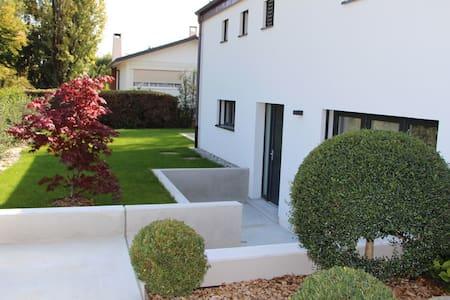 Superbe meublé avec terrasse - Versoix
