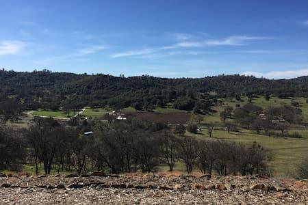 Mountain Top Retreat - Angels Camp - Ház