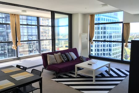 1 min to Chatswood Station | CITY SKYLINE VIEW!!!! - Chatswood - Apartment