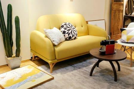 望京SOHO区域,精致舒适设计感公寓,24小时保安门禁