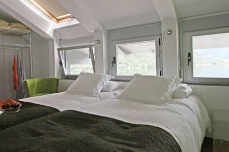 Double room with jacuzzi - El Barraco - Bed & Breakfast