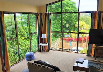 Lovely Space to Relax! Mount Eden Home - Auckland - Apartament