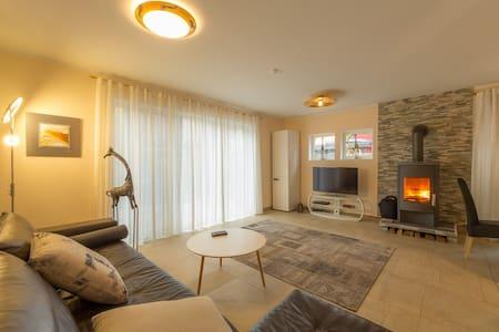 Living in luxury in noble Munich-Bogenhausen - Munique - Casa