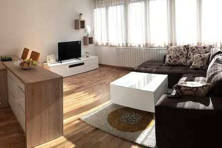 Cozy apartment on top location - Wohnung