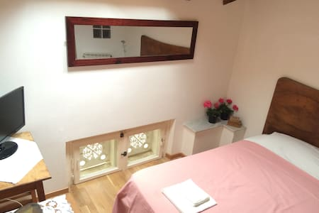 Top Room in Beach Front Casa. Best Location. - Camaiore - Villa