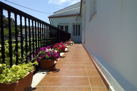 Apartamento en Queiruga 200 metros de la playa - Huoneisto