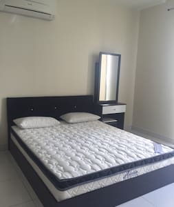 Neo Damansara ( Comfortable & Clean Z Unit ) - Petaling Jaya - Apartment