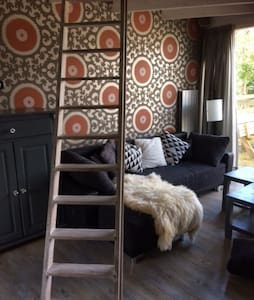 luxe smal house with sauna and free bikes - Egmond aan Den Hoef